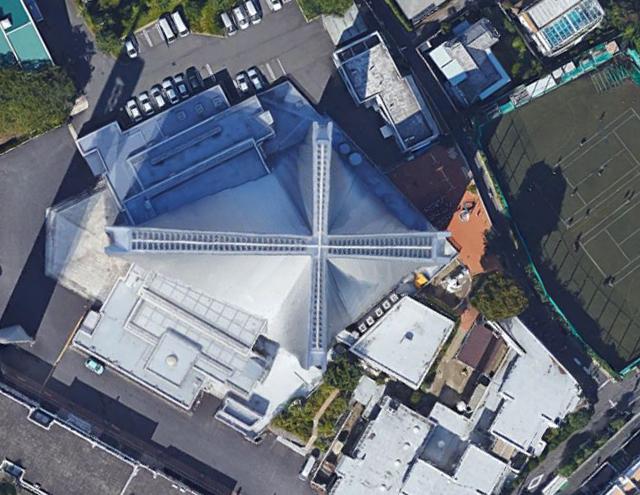 東京カテドラル聖マリア大聖堂として知られる、カトリック関口教会