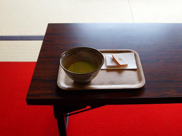 文京区、肥後細川庭園(新江戸川公園)の松聲閣(しょうせいかく)
