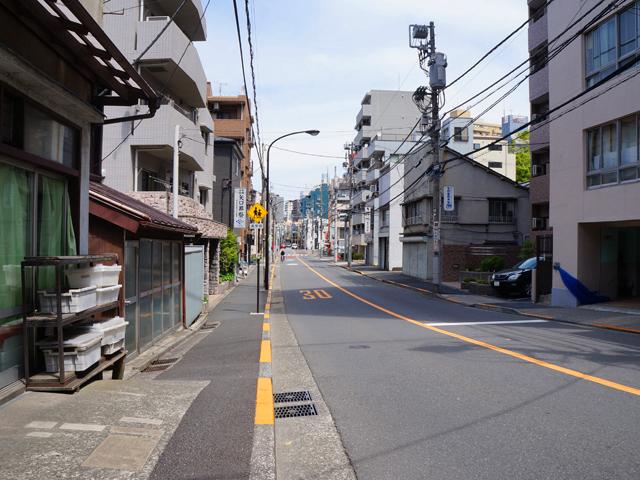 文京区坂下通り