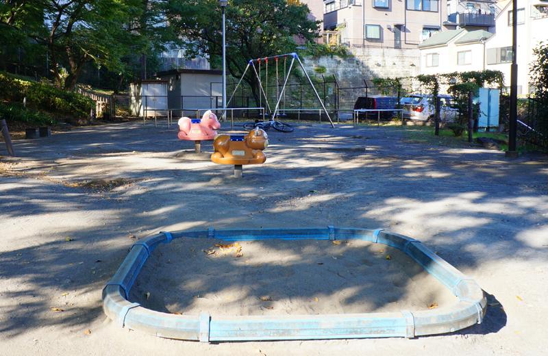 文京区関口台公園の遊具