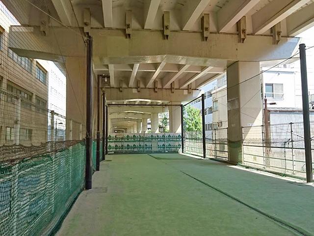 音羽パークロード600キャッチボール広場
