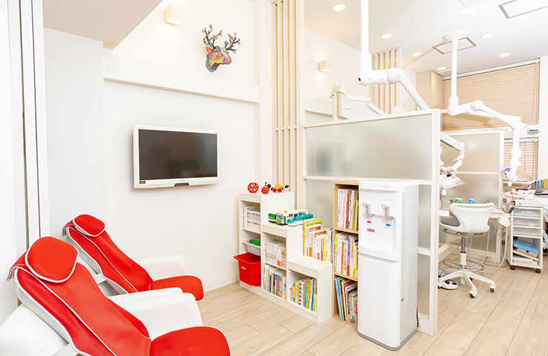 なかまち歯科クリニック、待合室